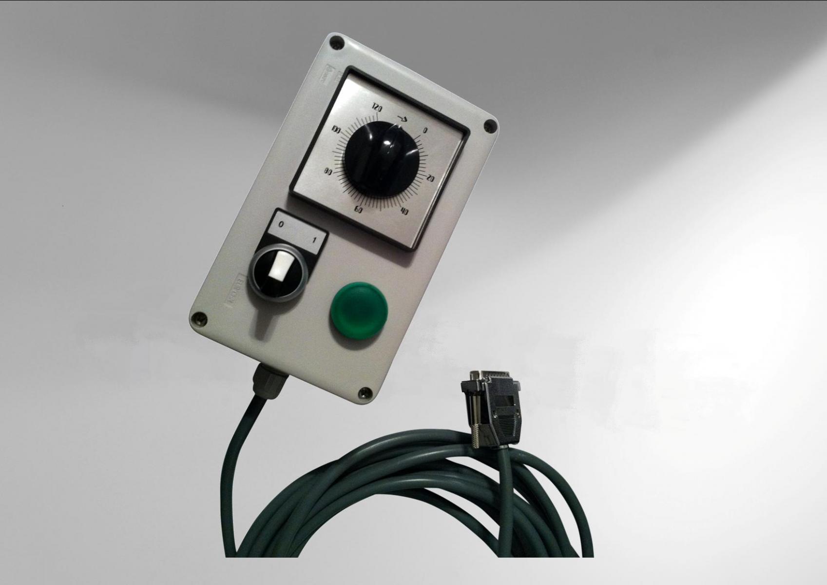 Coffret-de-telecommande-auto-alimente-avec-indicateur-de-marche1