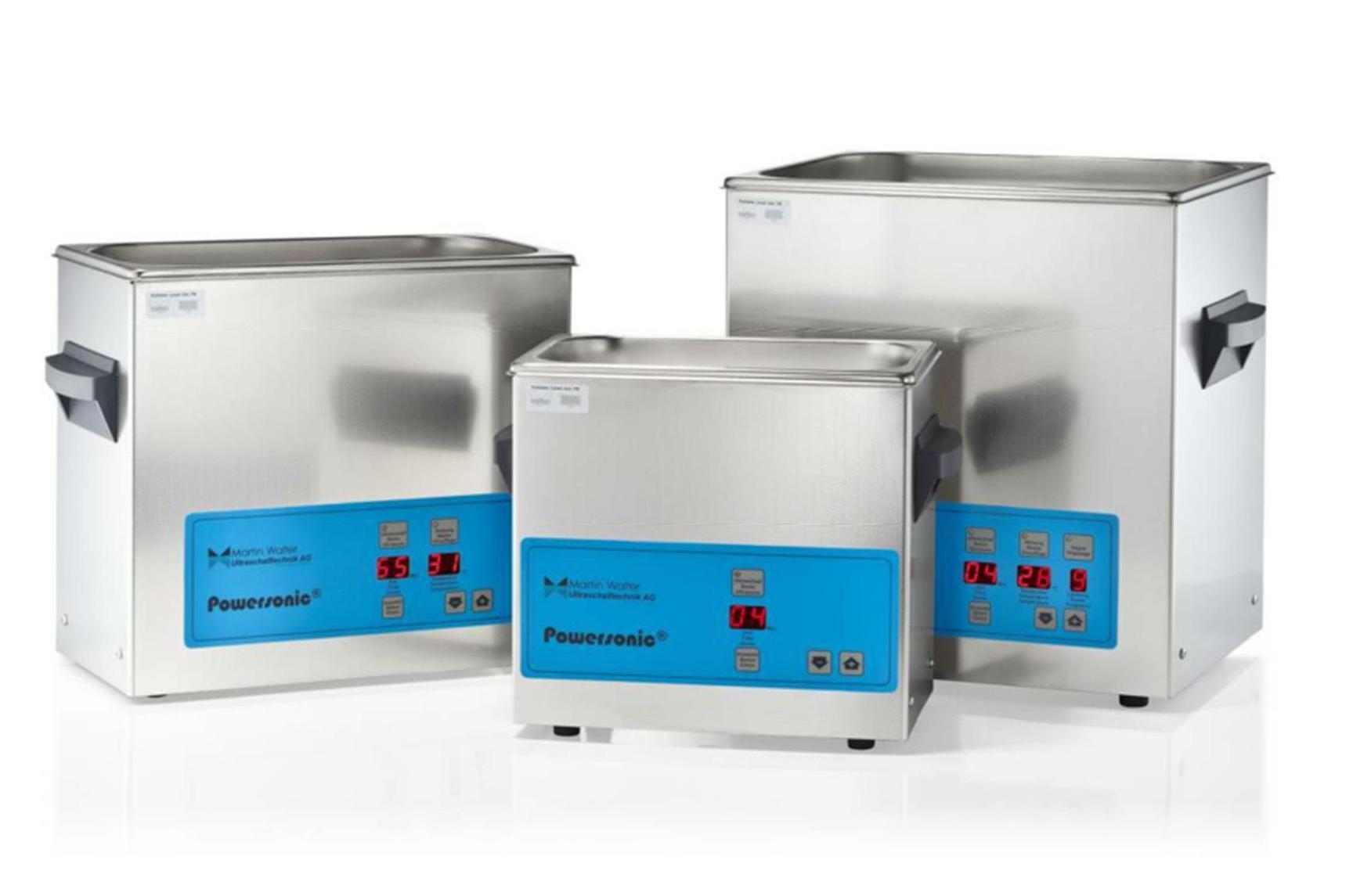 Modèles de laboratoire de cuve de traitement par ultrasons.