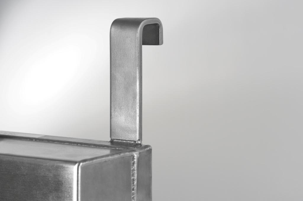 Fixation-Bord-de-cuve